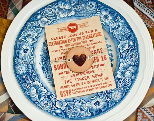 Blue-Eye-Brown-Eye-Free-Love-Wood-Paper
