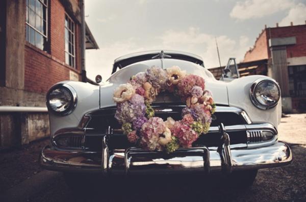 vintage car flower wreath