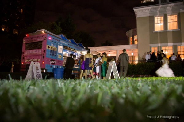 wedding food truck late night